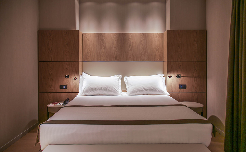 suite bed worldhotel cristoforo colombo